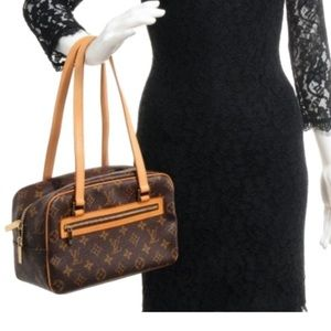 Auth Louis Vuitton Monogram Cite MM Shoulder Bag